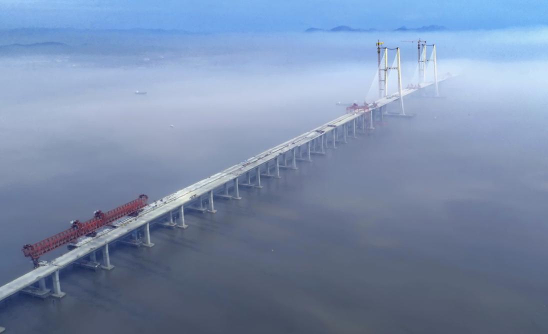台州湾大桥合龙,一桥架两岸,金龙越南北!