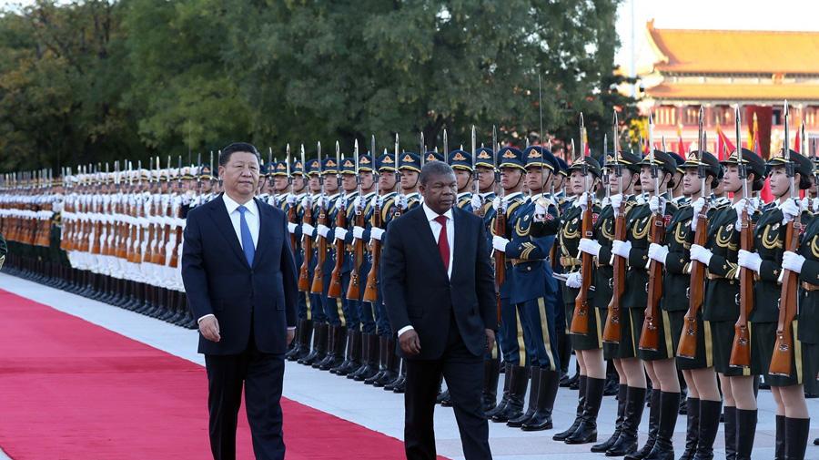 習近平同安哥拉總統洛倫索舉行會談
