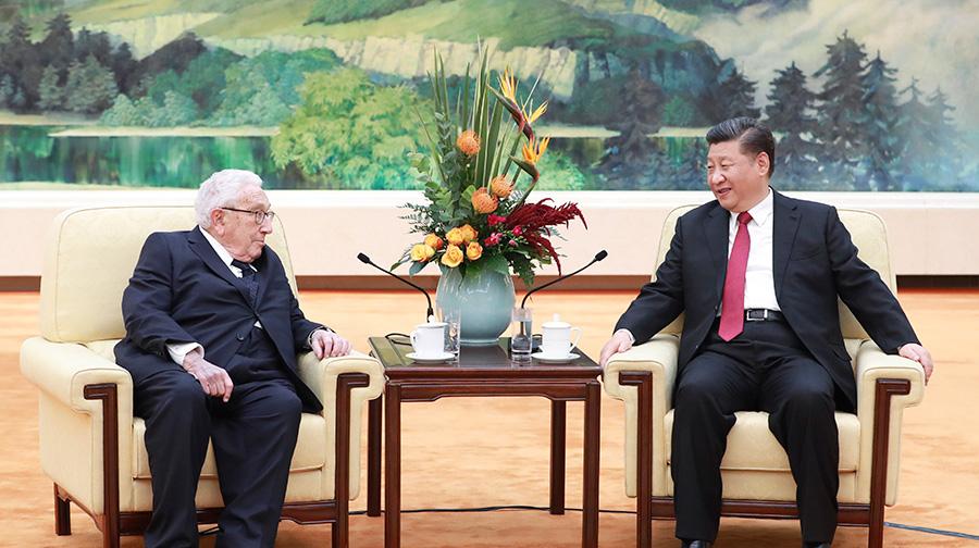 习近平会见美国前国务卿基辛格